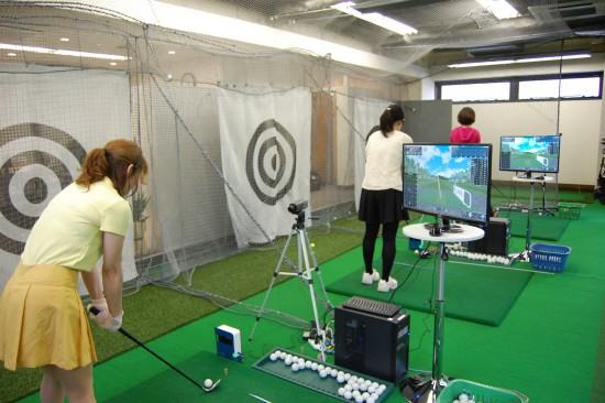 女性が多いゴルフスクール
