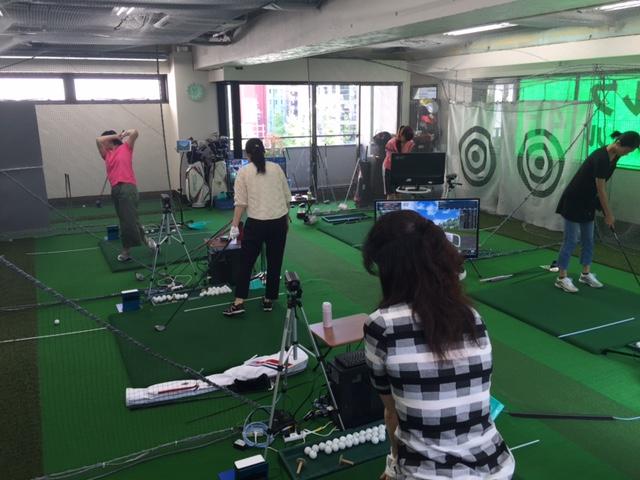 横浜ゴルフスクール中島レッスン風景